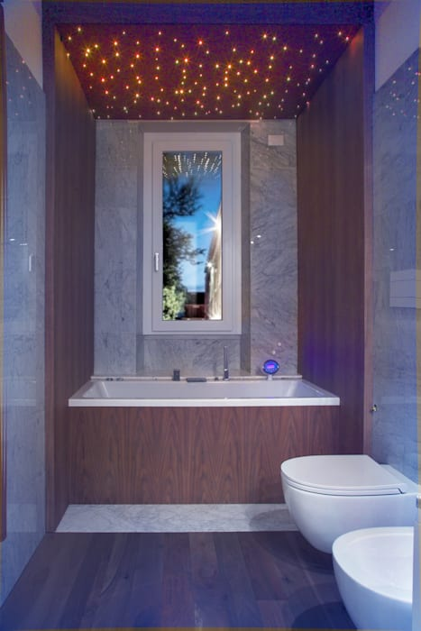Bagno2: Bagno in stile in stile Moderno di DELFINETTIDESIGN