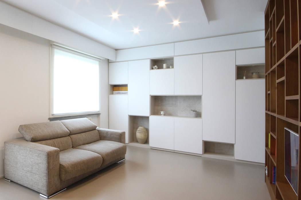 Mobili Soggiorno Su Misura.Mobile Su Misura Bianco Soggiorno In Stile Scandinavo Di Jfd Juri Favilli Design Scandinavo Homify