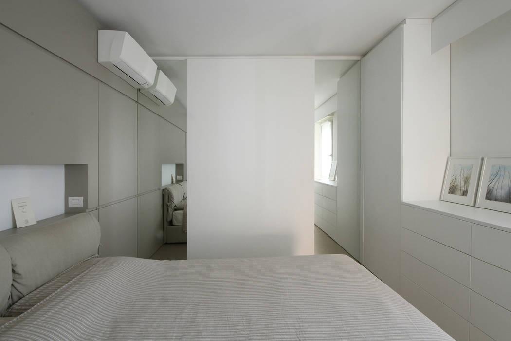 Parete di specchi in camera da letto camera da letto in ...