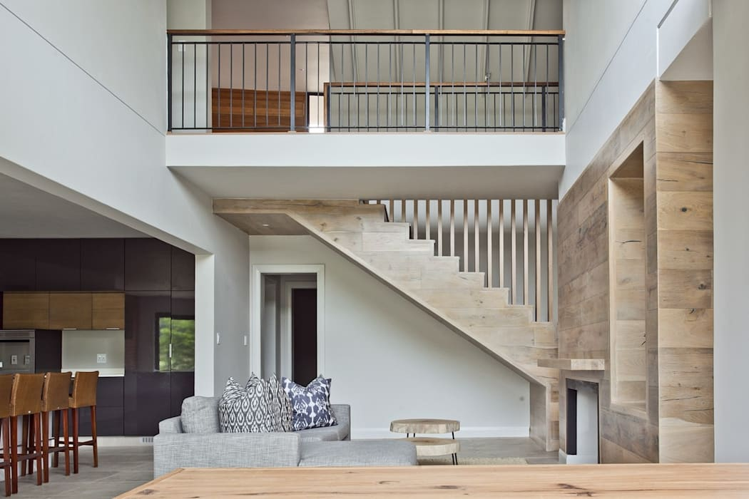 FinOak feature staircase by Finfloor Modern Engineered Wood Transparent