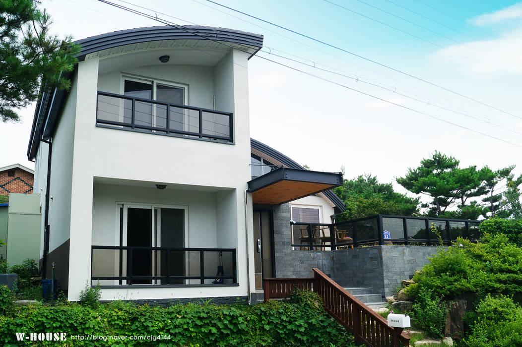 by W-HOUSE Modern Concrete