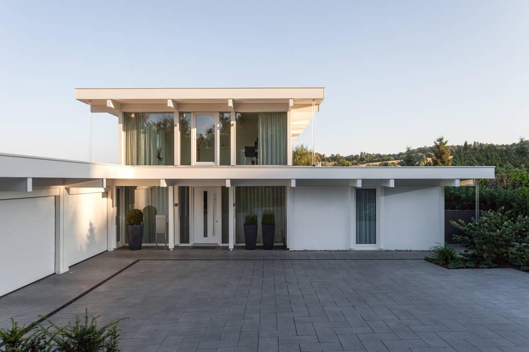 Haustraum mit Wohlfühlfaktor:  Häuser von DAVINCI HAUS GmbH & Co. KG