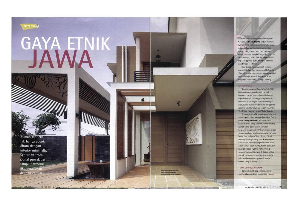 EKO & GRACE RESIDENCE: Gedung perkantoran oleh sony architect studio, Modern