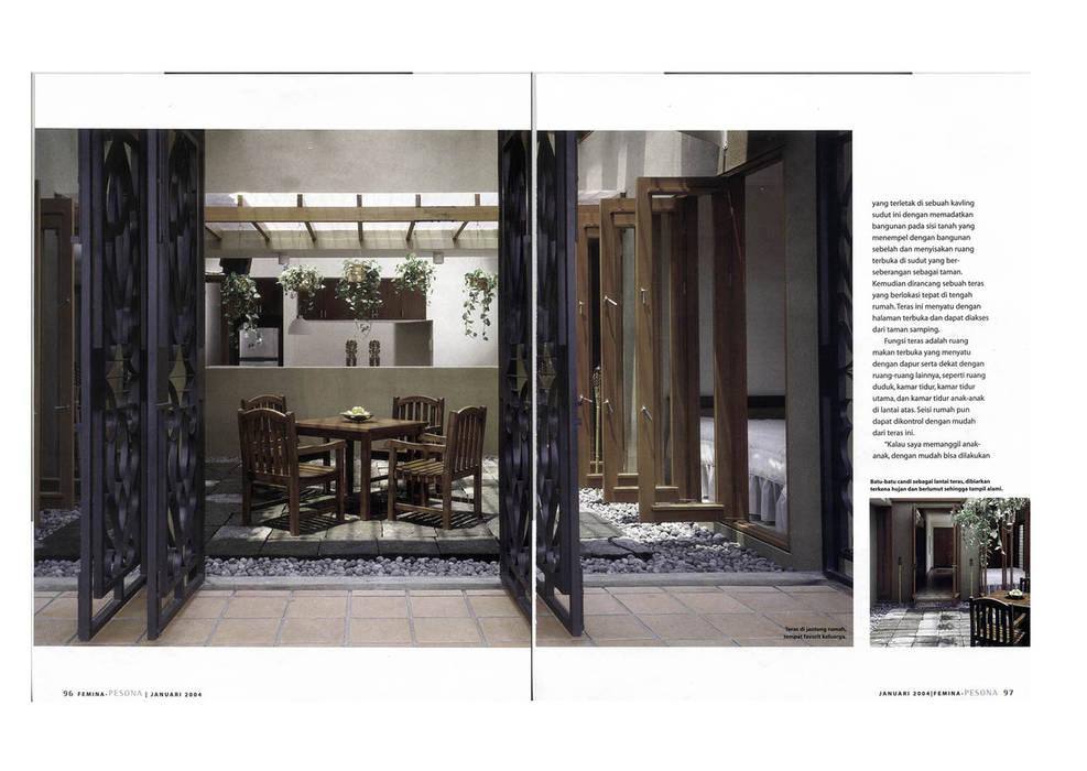 EKO & GRACE RESIDENCE Bangunan Kantor Modern Oleh sony architect studio Modern