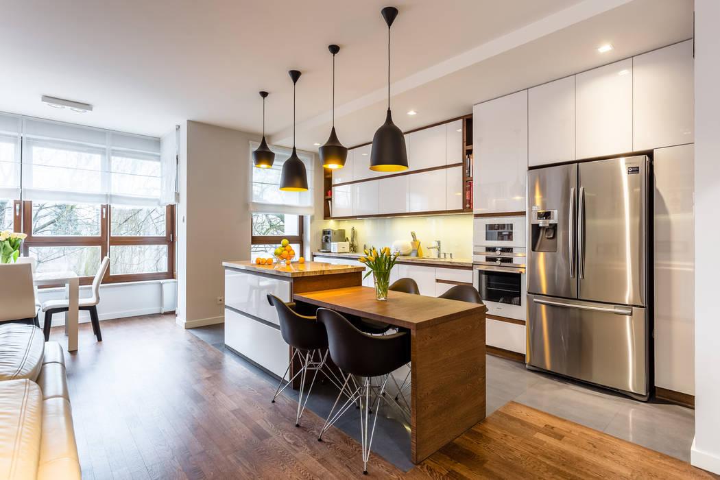 Mieszkanie na warszawskim Zolibożu: styl , w kategorii Aneks kuchenny zaprojektowany przez Modify- Architektura Wnętrz,