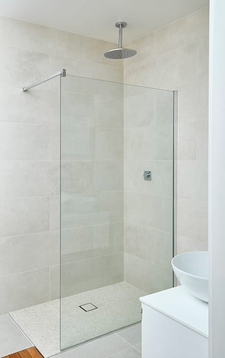 Highgate Home Refurbishment Modern bathroom by Patience Designs Modern