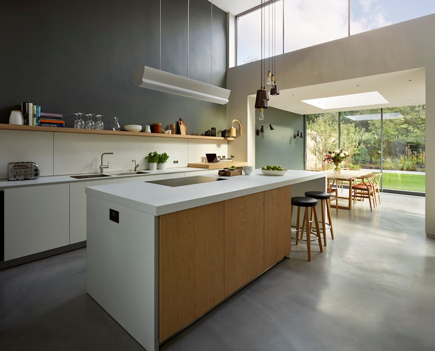 Light-filled family home:  Kitchen by Kitchen Architecture