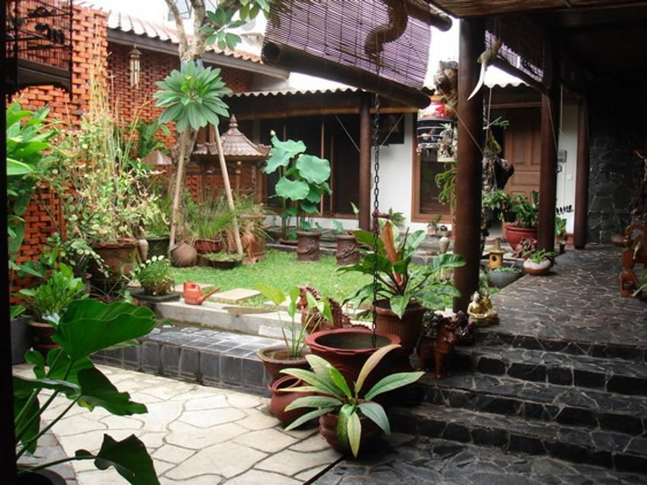 RUDY VMM Moderner Garten von sony architect studio Modern