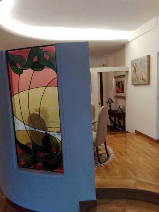 sala da pranzo: Sala da pranzo in stile in stile Classico di casatirotta