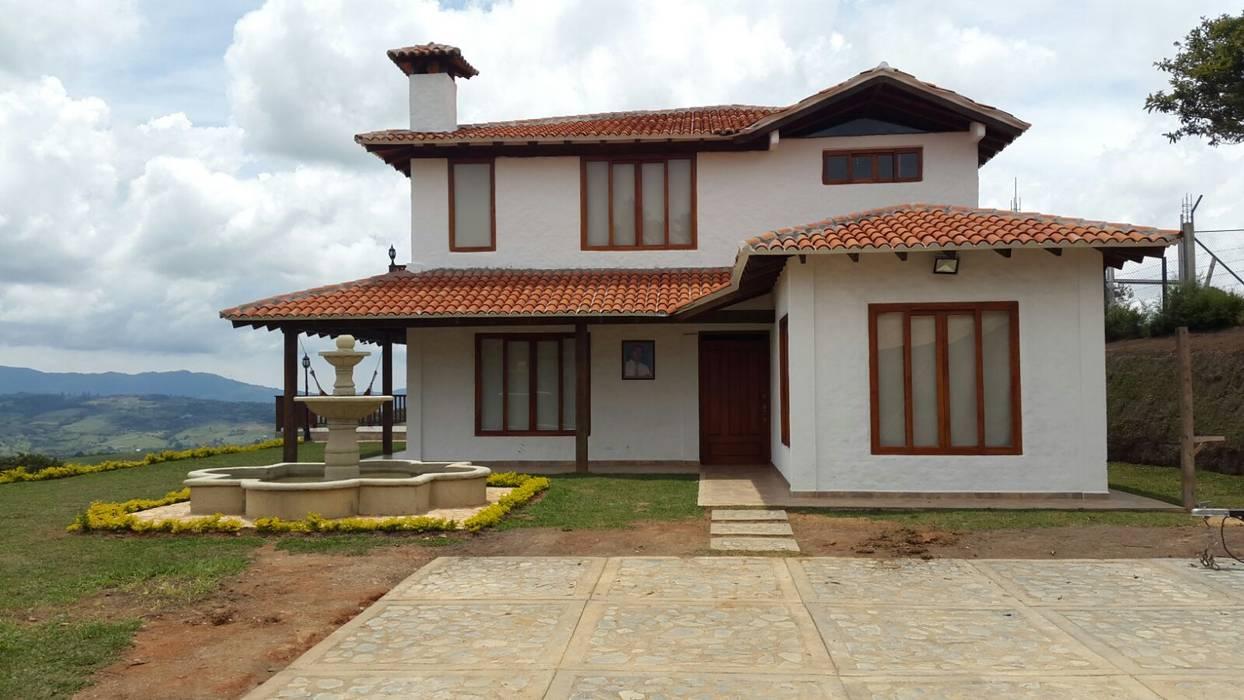 Casa campestre casas campestres de estilo por arcor for Fotos de casas modernas con tejas