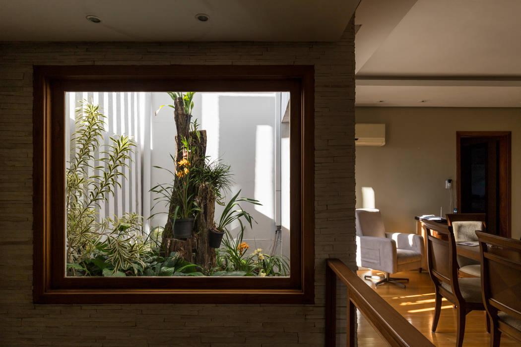 SDP00 | Jardim de Inverno: Jardins de inverno  por Kali Arquitetura