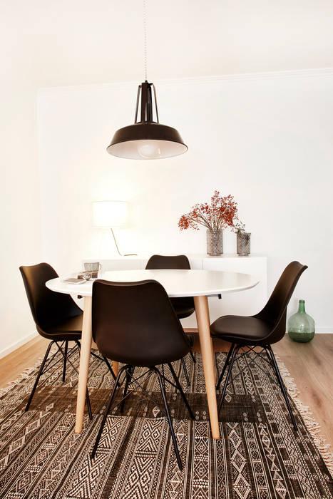 Comedor: Comedores de estilo  de Laia Ubia Studio, Escandinavo