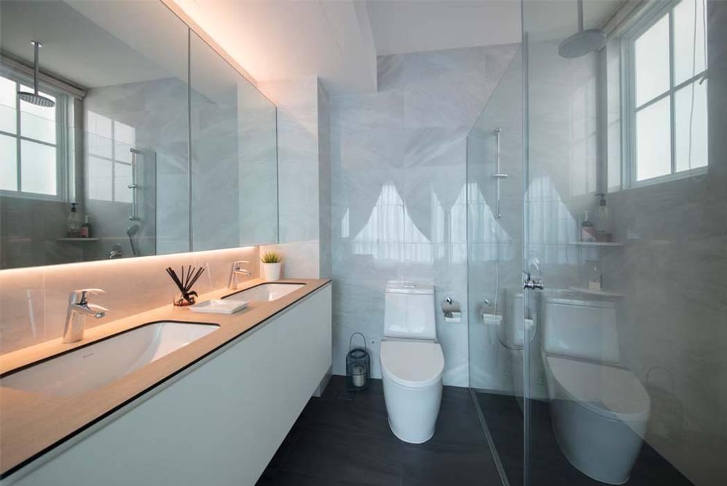 EASTWOOD GREEN 2 Scandinavian style bathroom by Eightytwo Pte Ltd Scandinavian