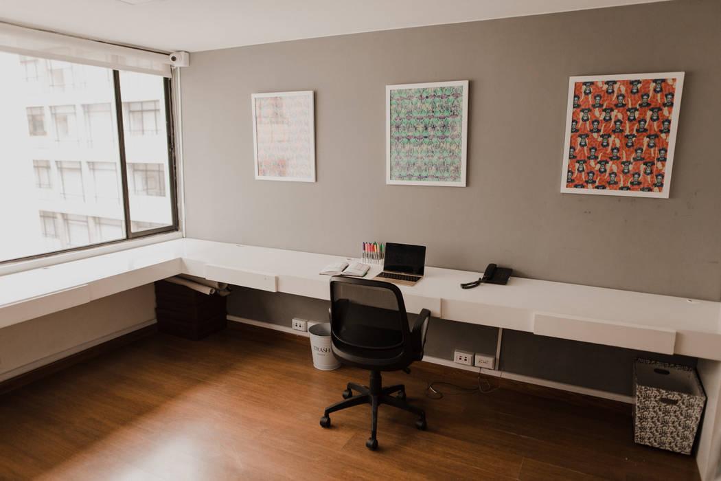 Ancora Swimwear Estudios y despachos de estilo minimalista de Redesign Studio Minimalista