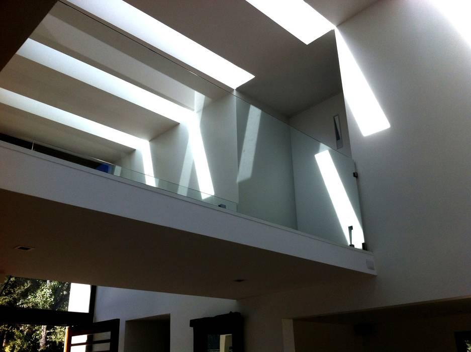 Puente vivienda unifamiliar de PICHARA + RIOS arquitectos Moderno Concreto reforzado