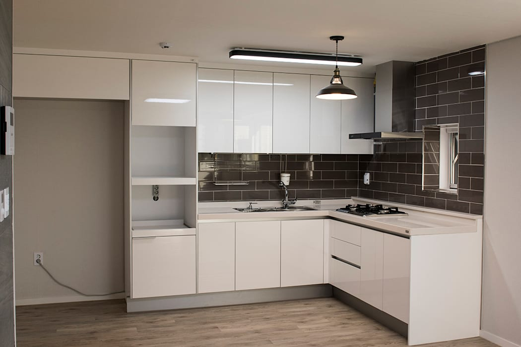 Kitchen units by AAG architecten,