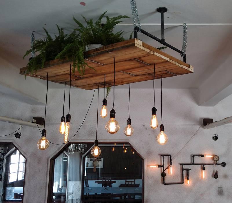 Lampara de techo madera con focos edison vintage livings - Lamparas originales de techo ...