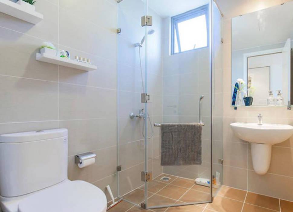 Căn Hộ 65m2 Nhỏ Đẹp Nhờ Thiết Kế Nội Thất Thông Minh:  Phòng tắm by Công ty TNHH Xây Dựng TM – DV Song Phát, Hiện đại