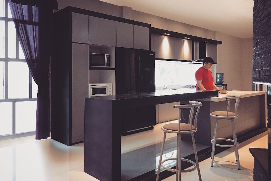 D House, Simpang Empat. Pematangsiantar City: Dapur oleh Lighthouse Architect Indonesia, Minimalis