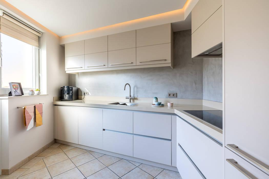 Moderne Küchen von Aangenaam Interieuradvies Modern