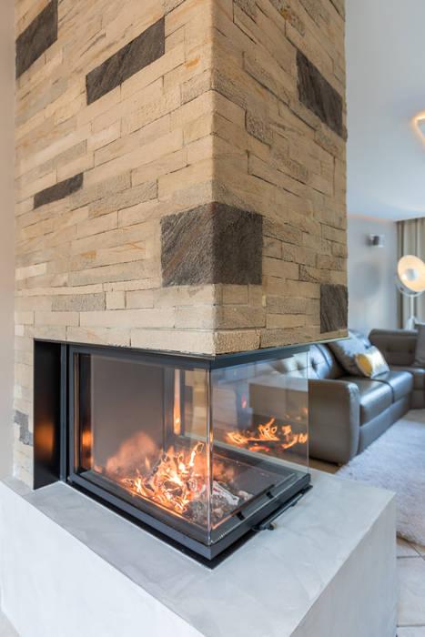 Totale make-over van woning in Volendam Moderne woonkamers van Aangenaam Interieuradvies Modern
