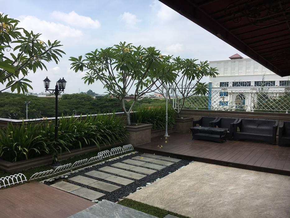 Roof Garden Taman Klasik Oleh Lighthouse Architect Indonesia Klasik