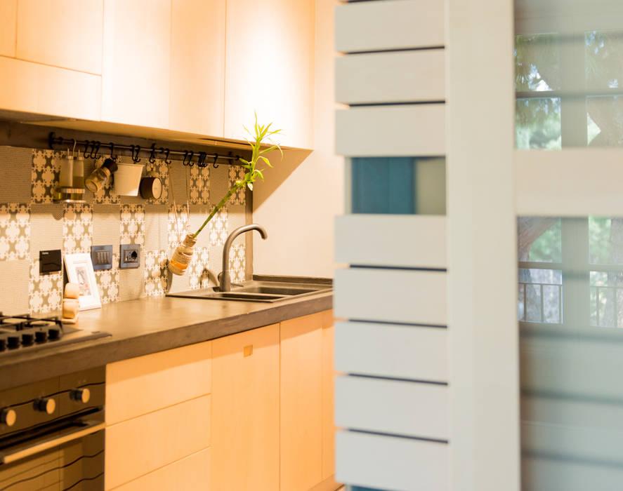 Angolo cottura Cucina moderna di VITAE STUDIO - architettura Moderno