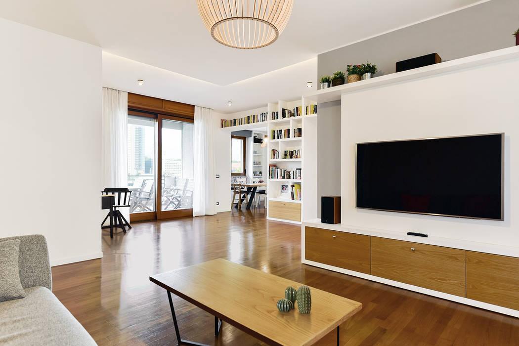 Soggiorno/living | parete attrezzata tv: soggiorno in stile di 02a ...