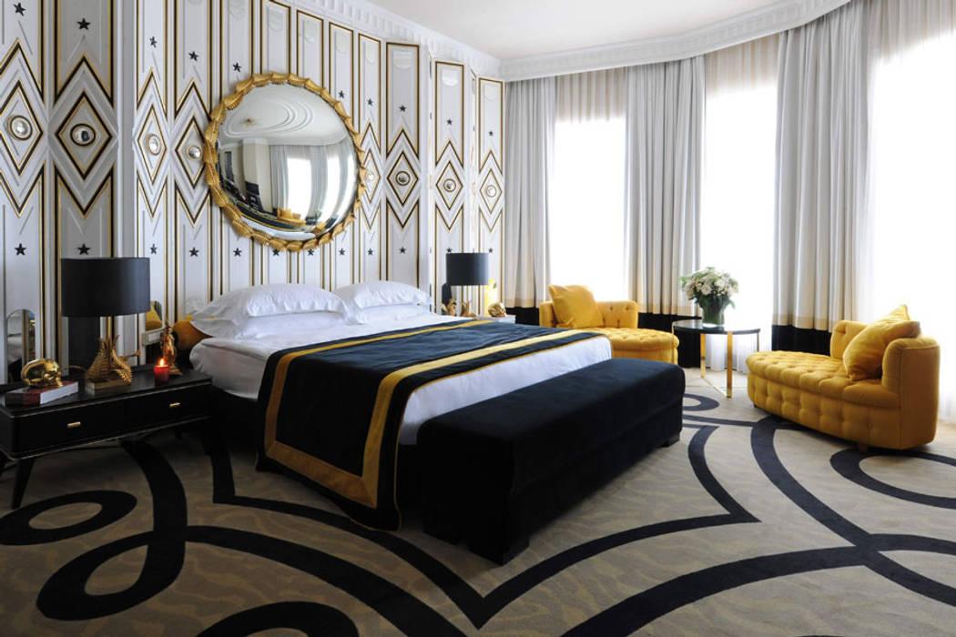 Phòng ngủ phong cách kinh điển bởi Gökhan BAYUR Kinh điển