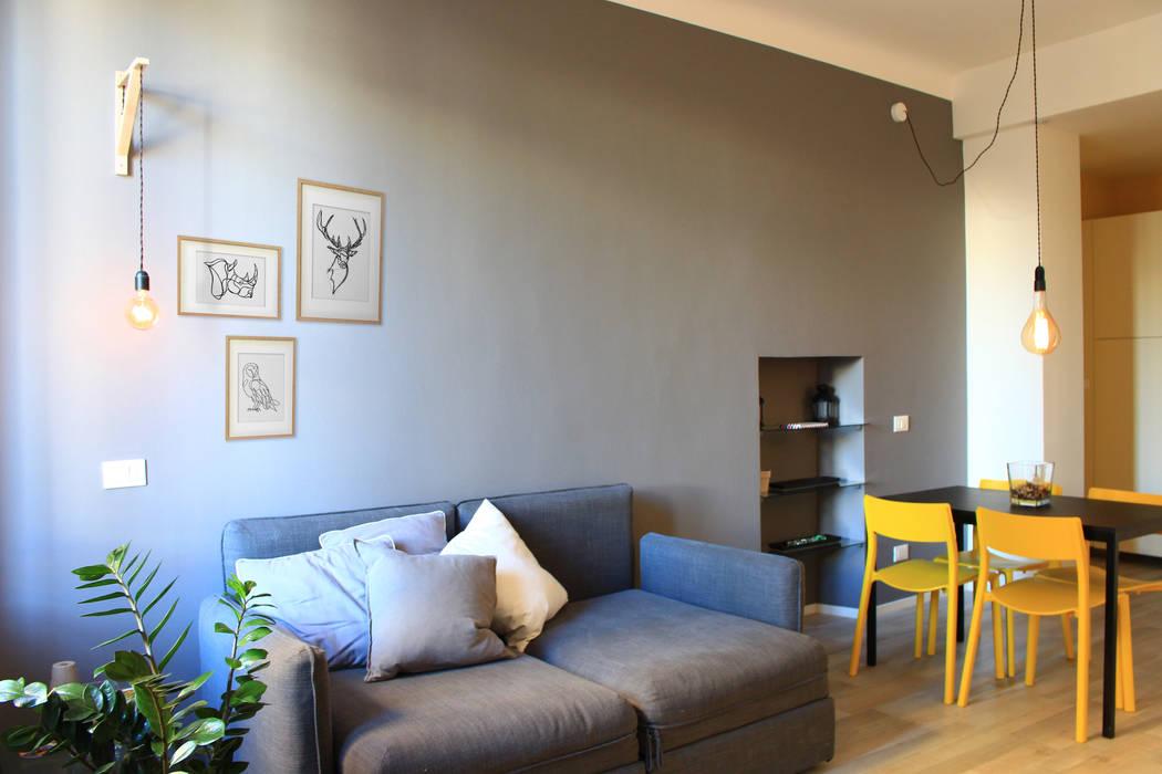 Bilocale low cost, hight color soggiorno in stile scandinavo ...
