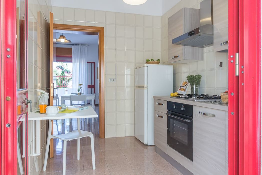 Casa gaia cucina in stile mediterraneo di anna leone ...