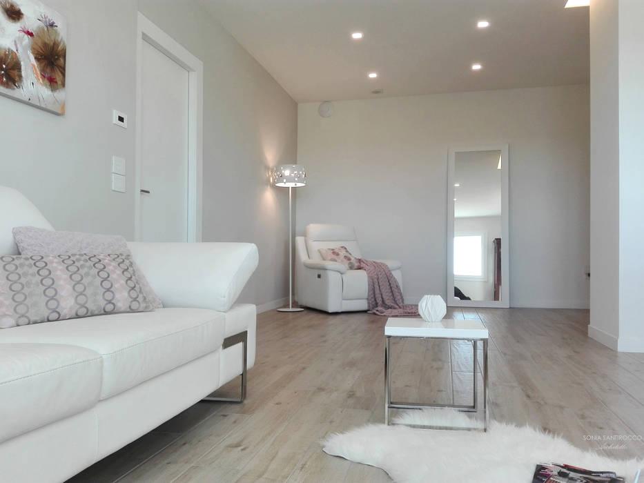Zona living interior design soggiorno moderno di sonia for Zona living design