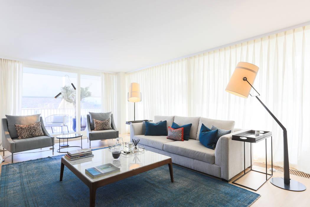 Living room تنفيذ LAVRADIO DESIGN
