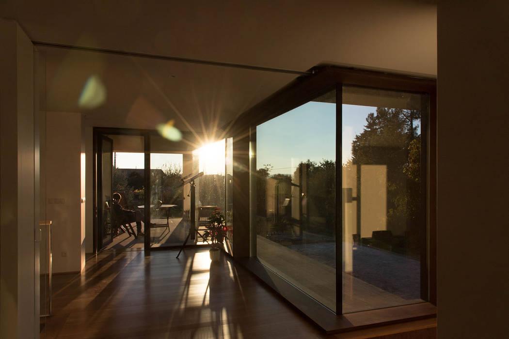 Ventanas de madera de estilo  por António Mota, Susana Machado - Arquitectos, Lda,
