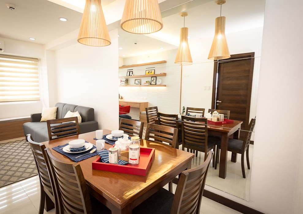 Sonata Private Residences:  Dining room by TG Designing Corner ,