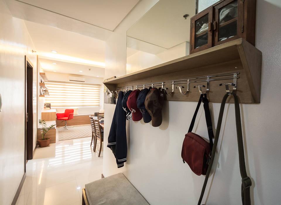 Sonata Private Residences:  Floors by TG Designing Corner , Modern