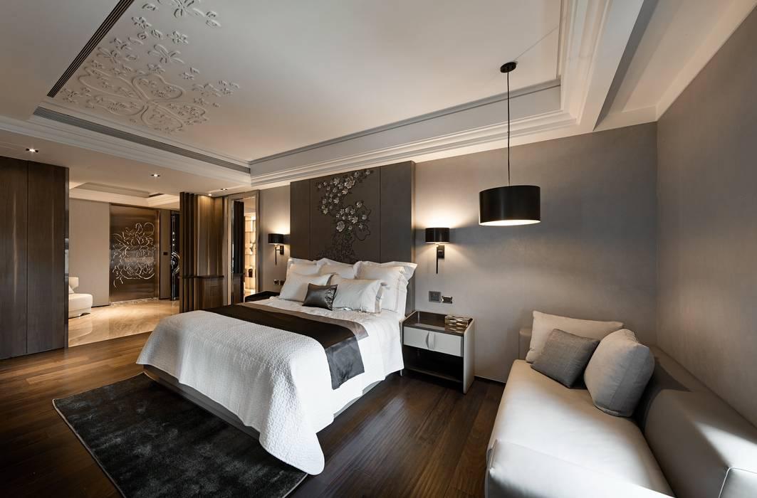 Dormitorios de estilo  de 辰林設計