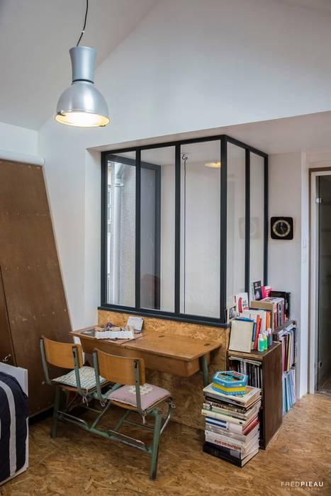 maison individuelle - projet d'extension: Bureau de style de style Moderne par FRED PIEAU PHOTOGRAPHE