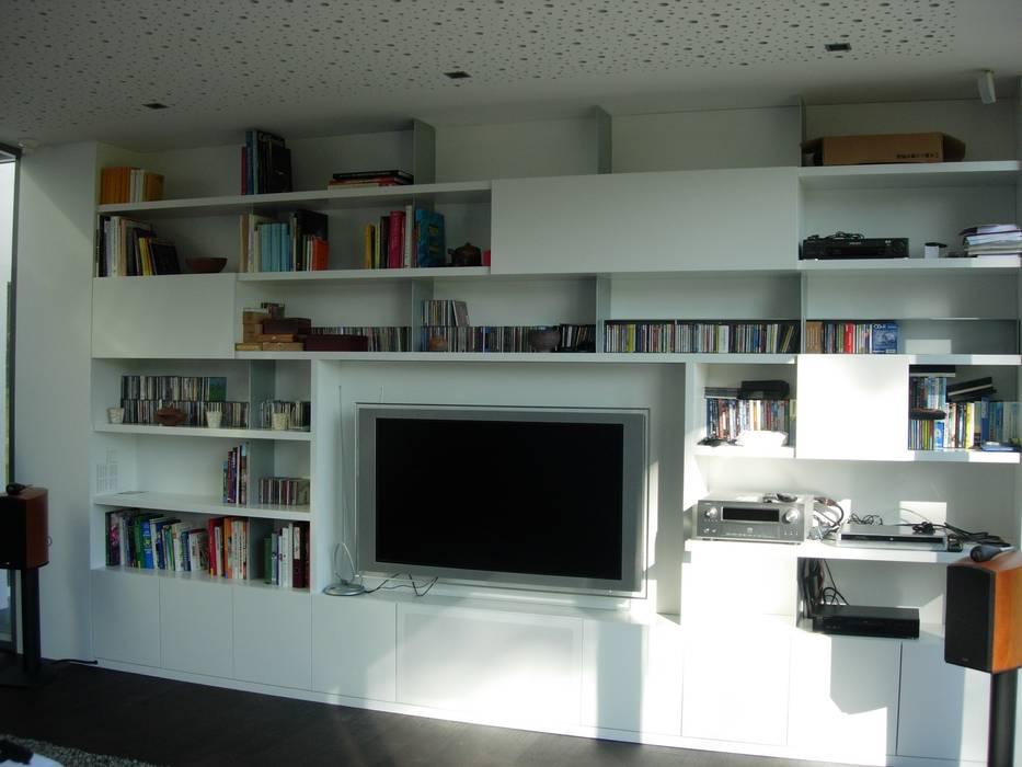 Wandgestaltung moderne wohnzimmer von tischlerei hegering ...