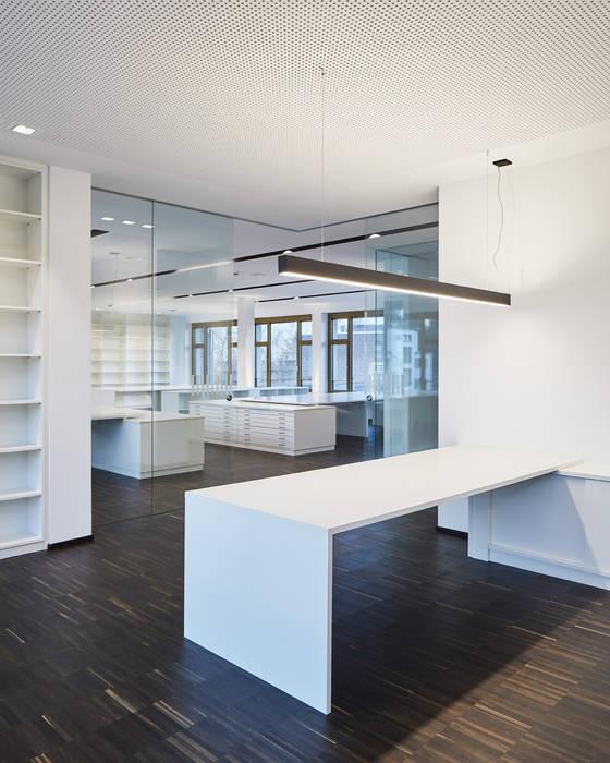 Schreinerei Fischbach office spaces & storesschreinerei fischbach gmbh & co. kg   homify