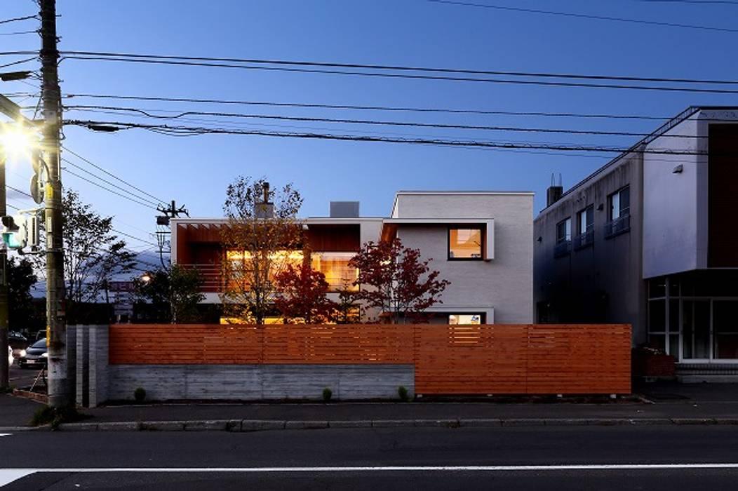 Rumah pasif oleh 株式会社 ATELIER O2, Modern