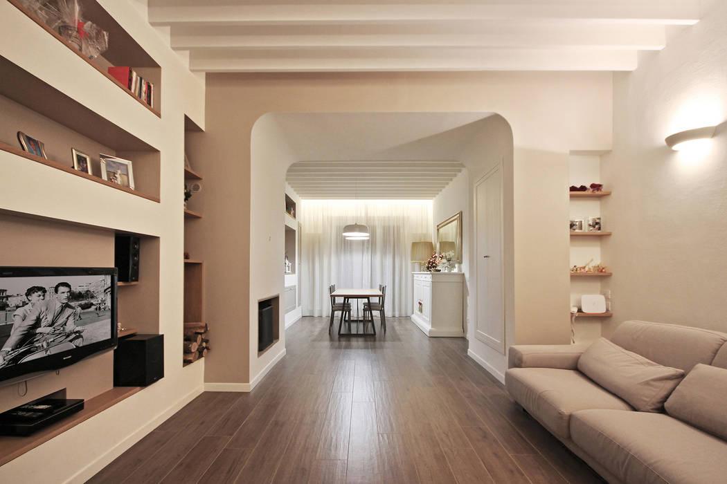 Casa country moderno: soggiorno in stile di jfd - juri favilli ...