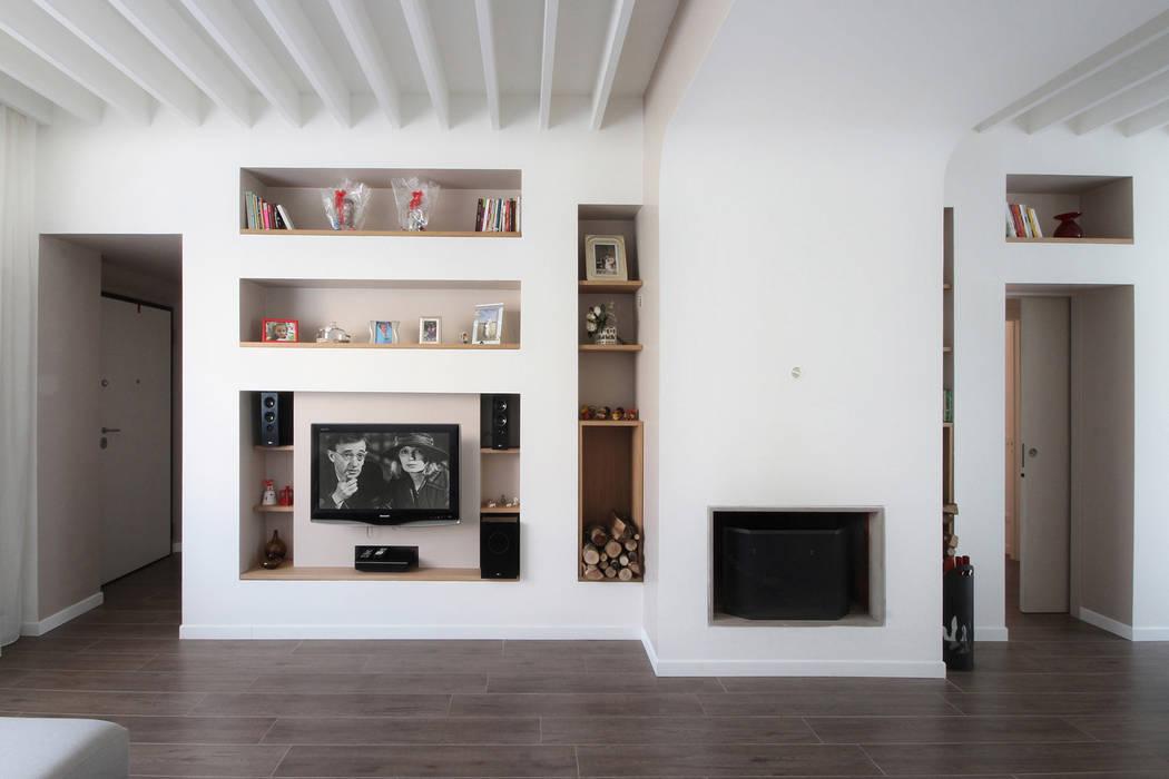 Libreria cartongesso soggiorno in stile di jfd juri for Immagini pareti attrezzate in cartongesso