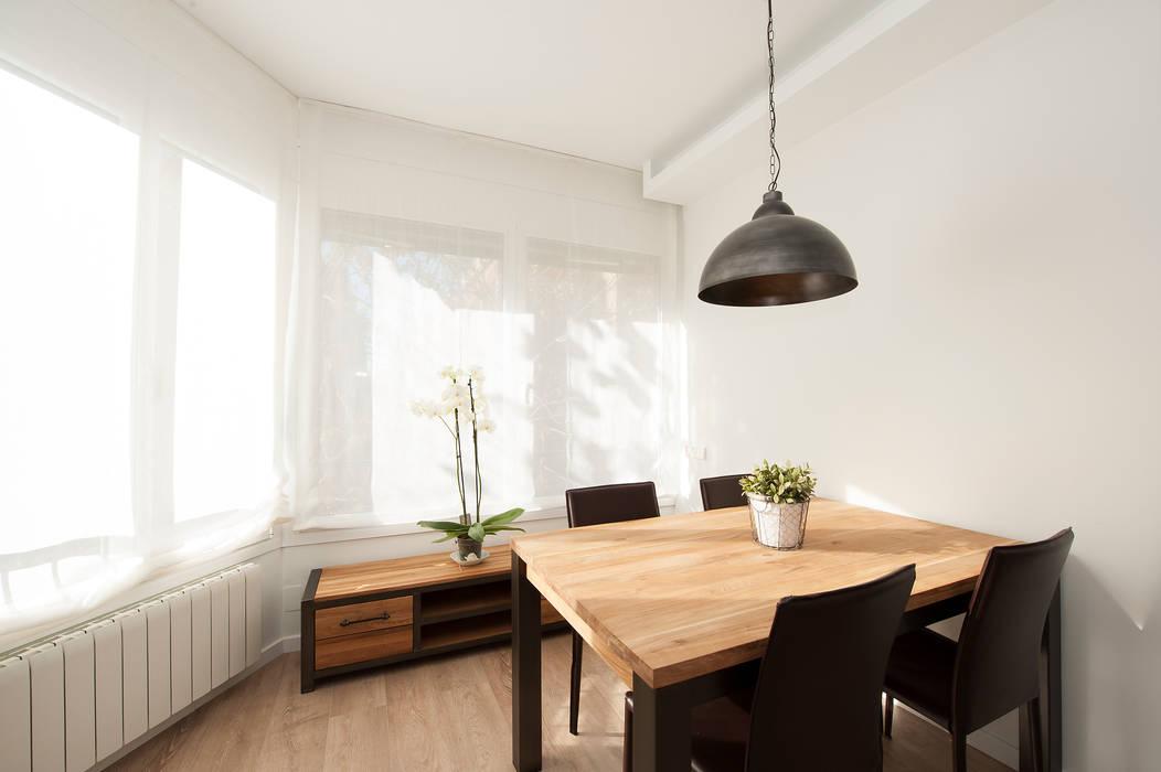 Comedor con mobiliario de estilo nórdico y rústico comedores ...