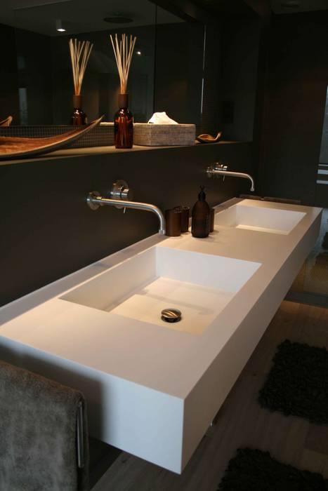 Doppelwaschtisch:  Badezimmer von Axel Fröhlich GmbH