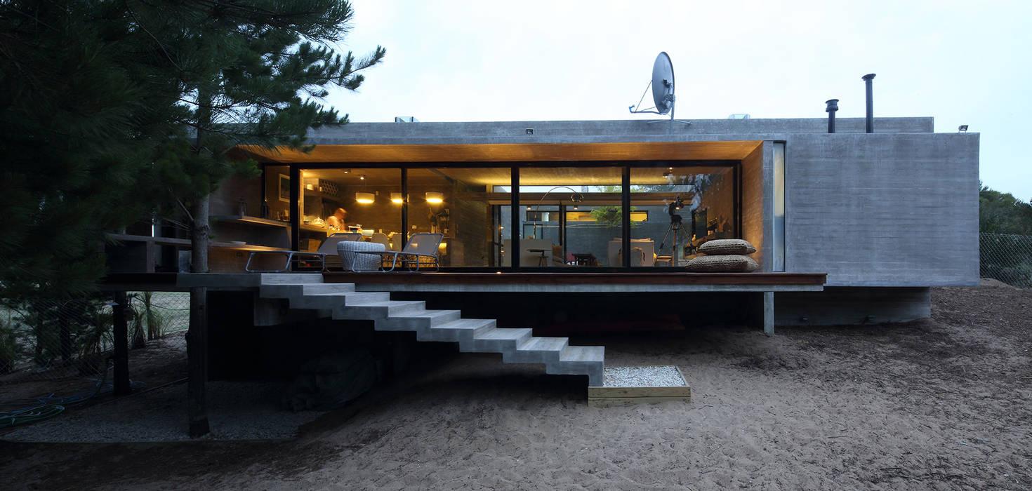 Besonías Almeida arquitectos Maisons minimalistes Béton