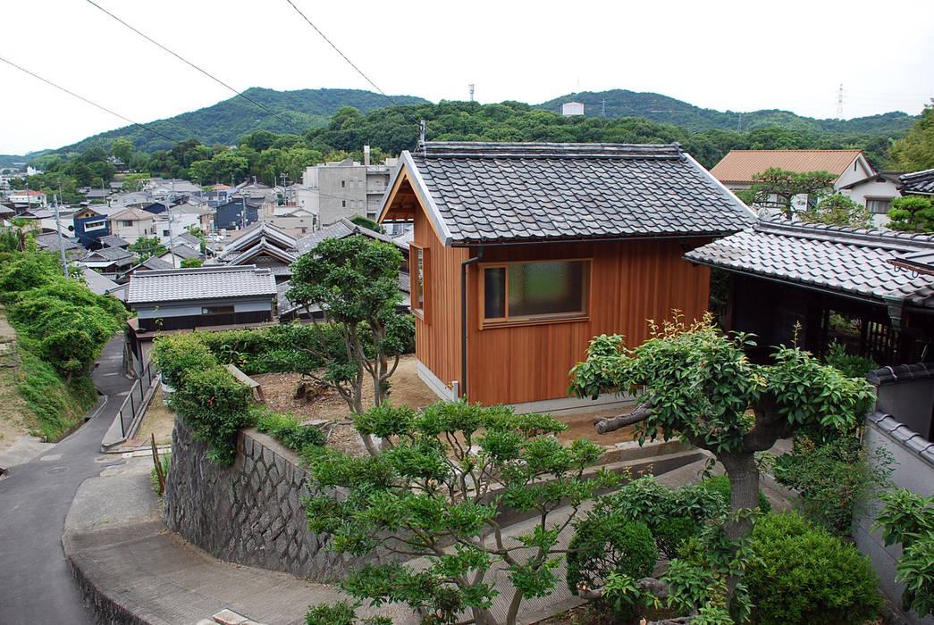 Rumah Modern Oleh 丸菱建築計画事務所 MALUBISHI ARCHITECTS Modern Kayu Wood effect
