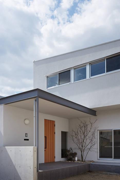 現代房屋設計點子、靈感 & 圖片 根據 toki Architect design office 現代風