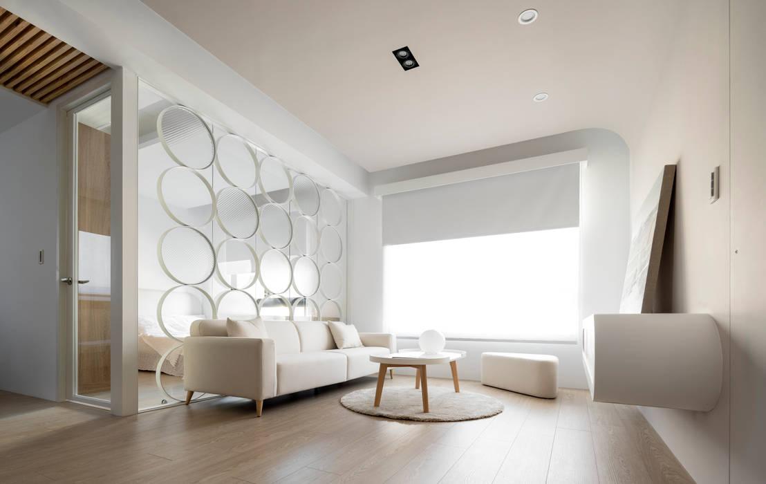 Ruang Keluarga Gaya Skandinavia Oleh 磨設計 Skandinavia
