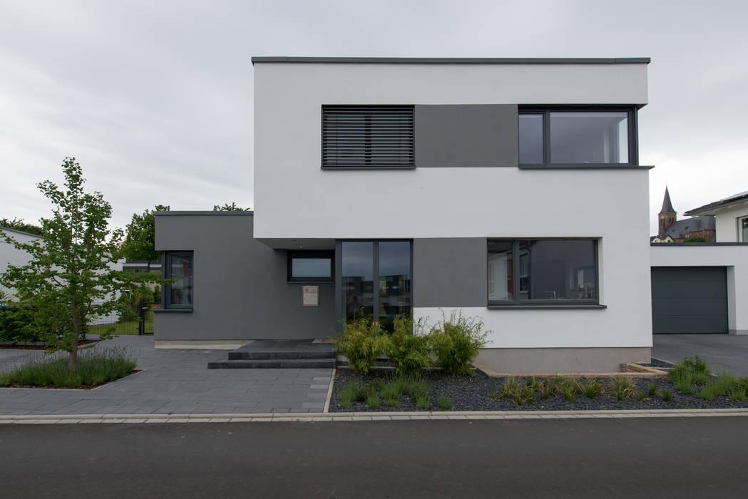 Ansicht:  Einfamilienhaus von Grotegut Architekten